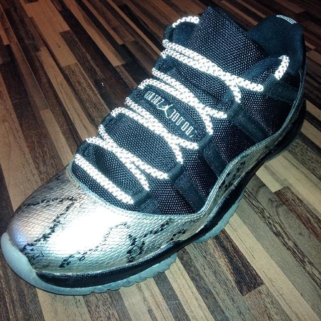 air-jordan-xi-low-snakeskin-002_nqb0x2.jpg