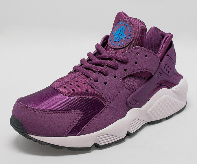 Nike-Air-Huarache-Mulberry-2-681x565.jpg