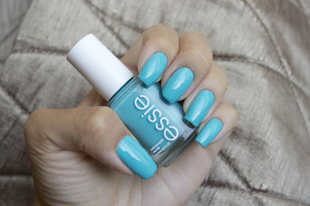 Essie In the Cab-ana