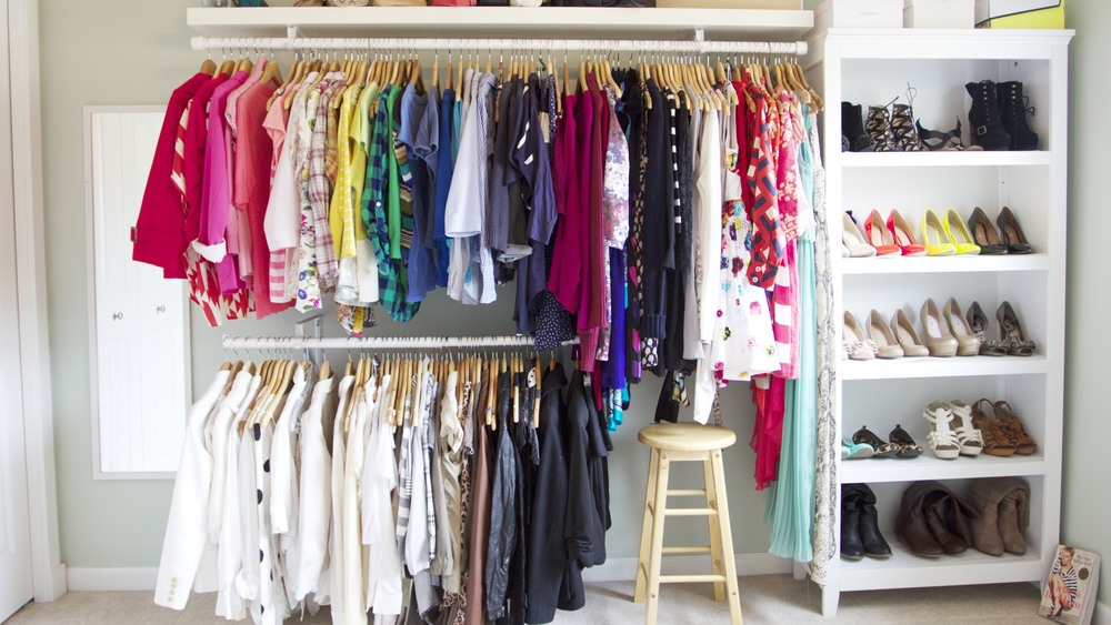 Welcome to the closet in jen 39 s life - Organisation dressing ...