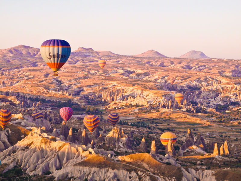 Morning hot air balloon ride - Capadoccia, Turkey