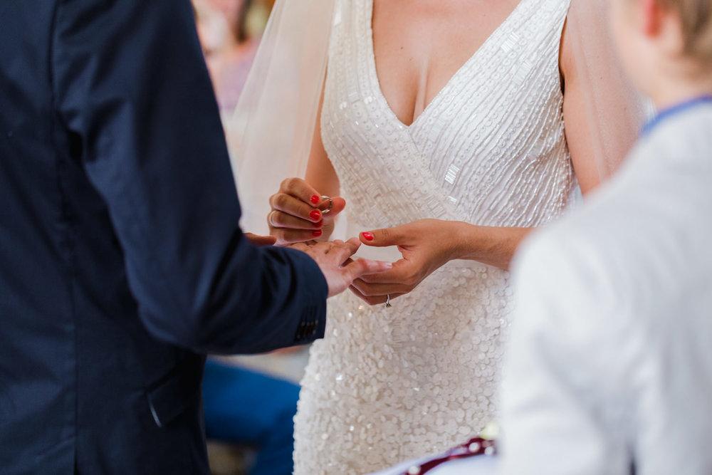 Hochzeit-Hofgut-Hohenstein-Annika-Benni-43.jpg