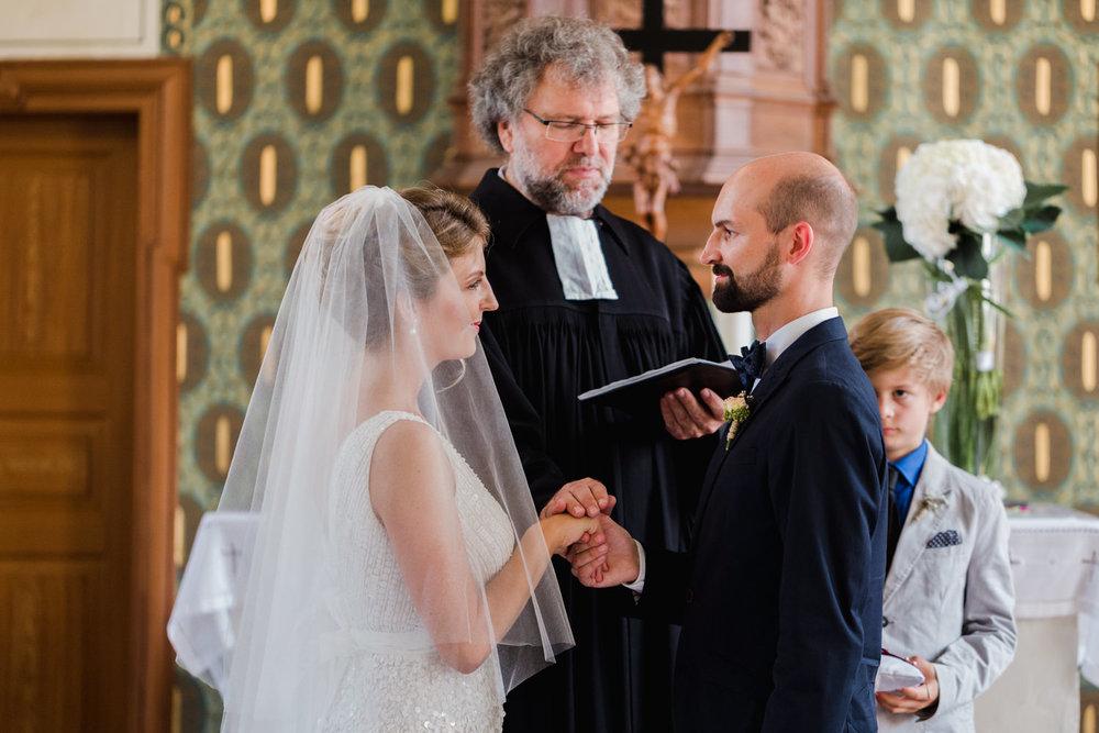 Hochzeit-Hofgut-Hohenstein-Annika-Benni-47.jpg