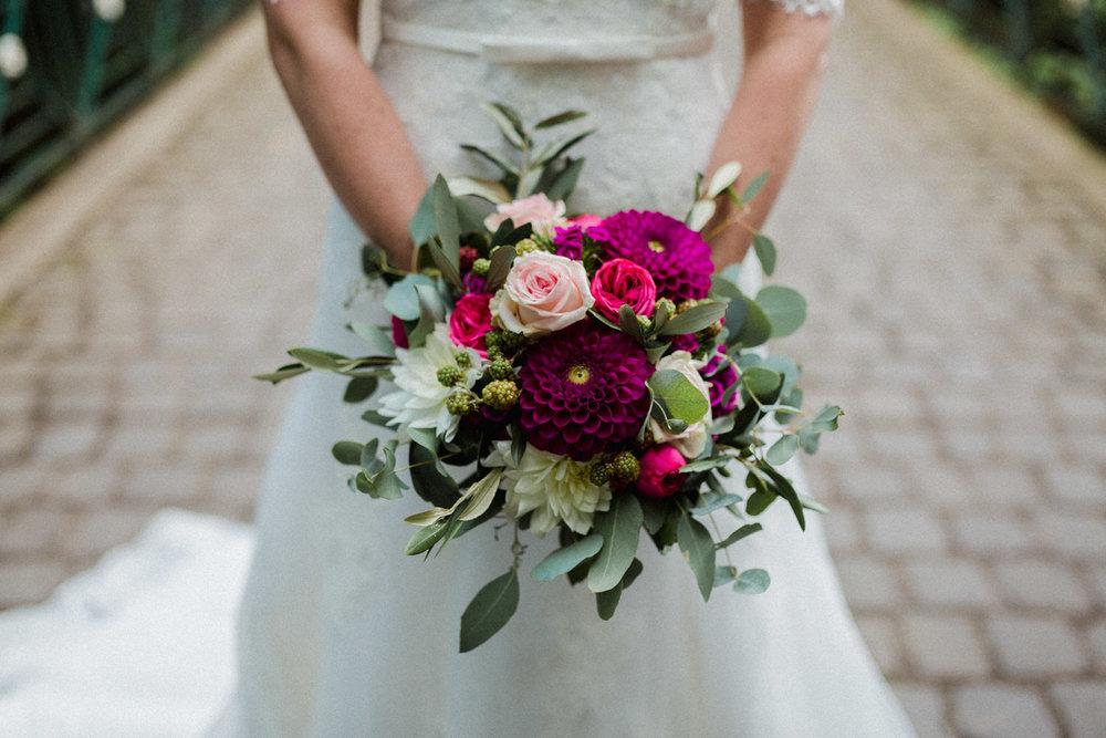 Hochzeit-auf-Gut-Nettehammer-Hochzeitsfotograf-NRW-13.jpg