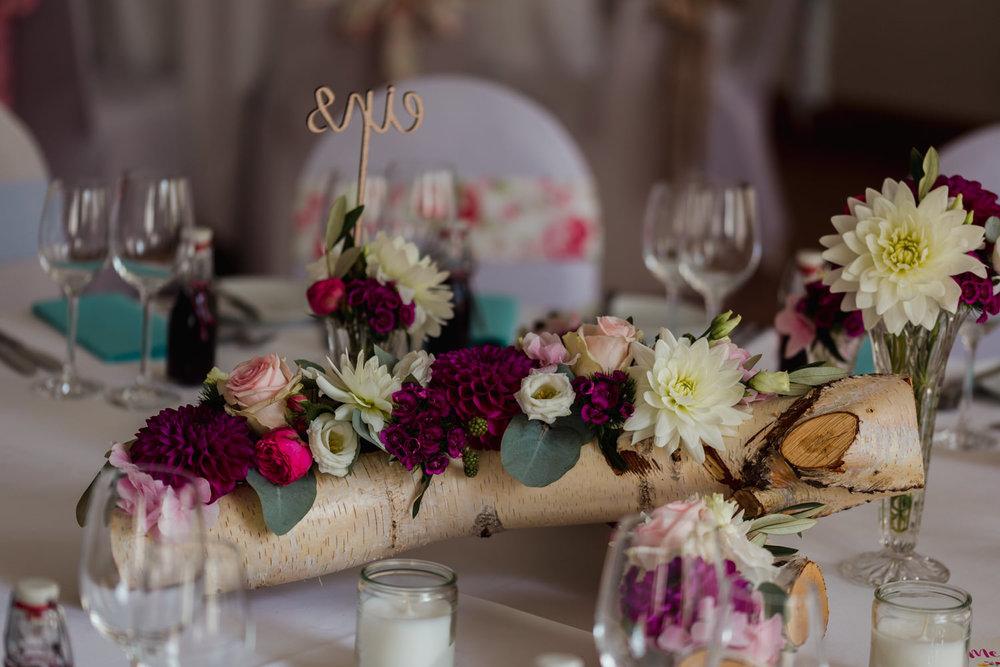 Hochzeit-auf-Gut-Nettehammer-Hochzeitsfotograf-NRW-48.jpg