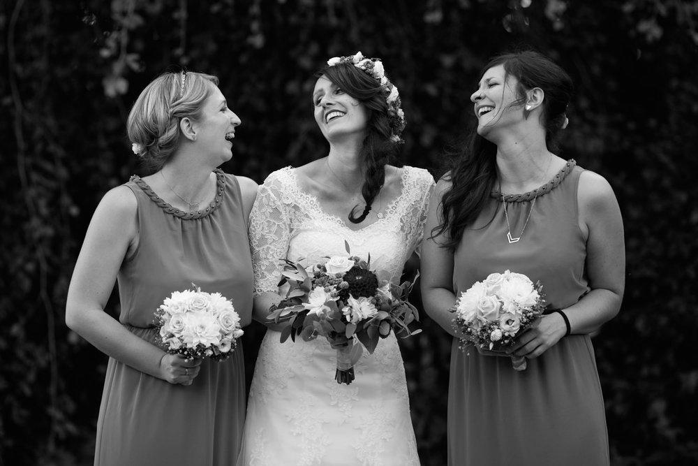 Hochzeit-auf-Gut-Nettehammer-Hochzeitsfotograf-NRW-66.jpg