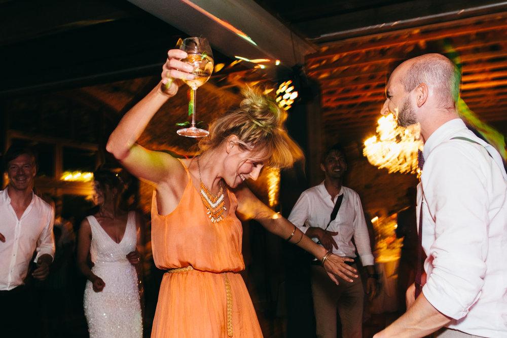 Hochzeit-Hofgut-Hohenstein-Annika-Benni-84.jpg