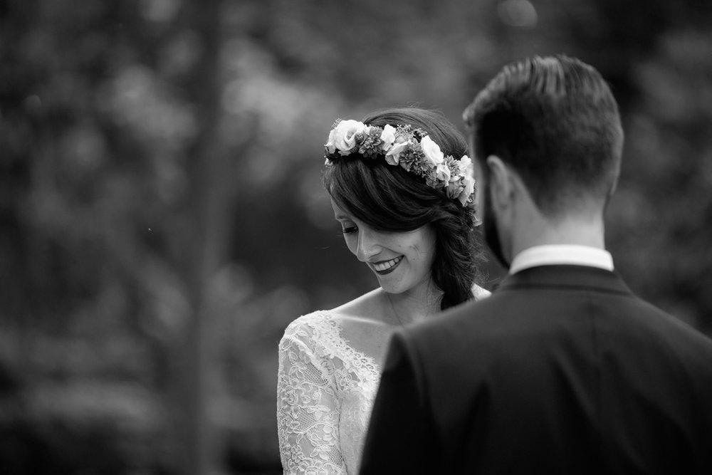 Hochzeit-auf-Gut-Nettehammer-Hochzeitsfotograf-NRW-16.jpg
