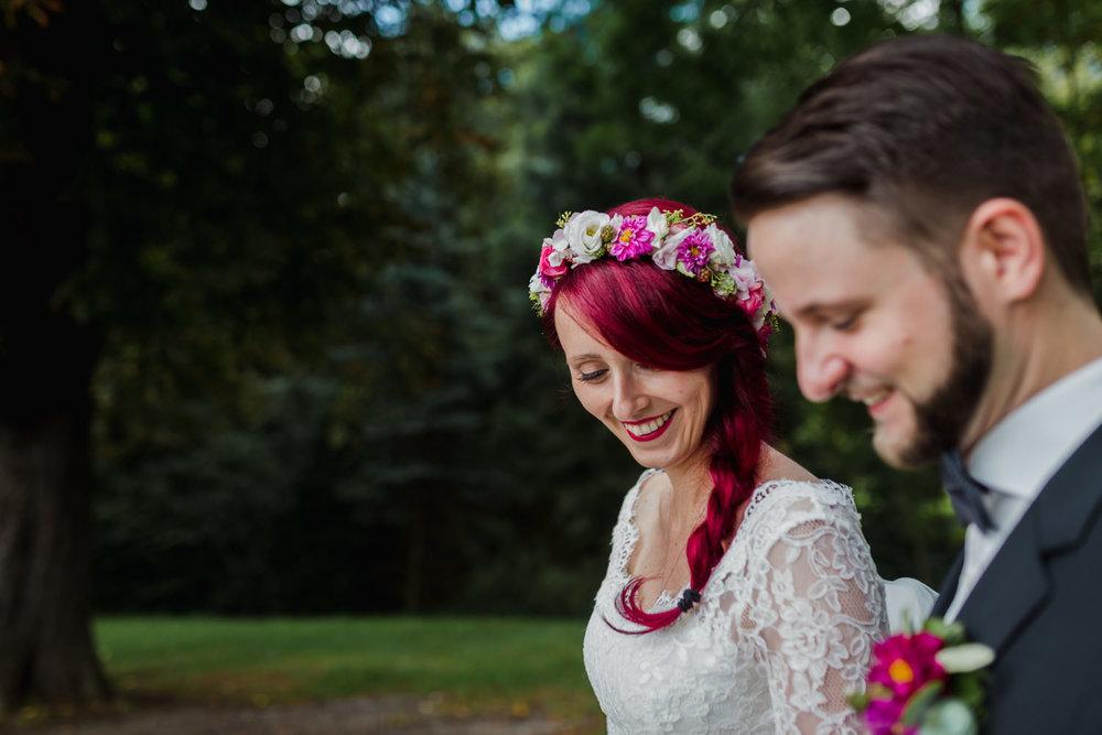 Hochzeit-auf-Gut-Nettehammer-Hochzeitsfotograf-NRW-22.jpg