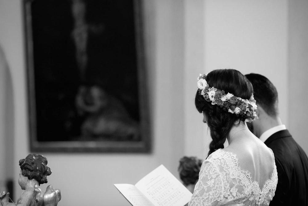 Hochzeit-auf-Gut-Nettehammer-Hochzeitsfotograf-NRW-30.jpg