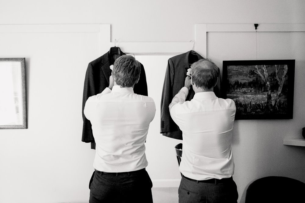 sydney-wedding-photographer-getting-ready.jpg