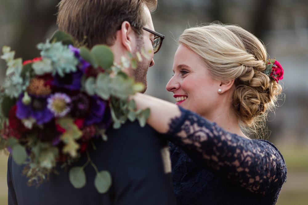 Standesamt-Hochzeit-Bonn-Stephanie-Conradin-59.jpg
