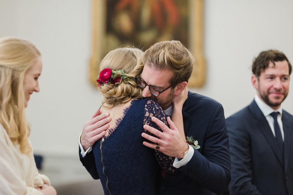 Standesamt-Hochzeit-Bonn-Stephanie-Conradin-132.jpg