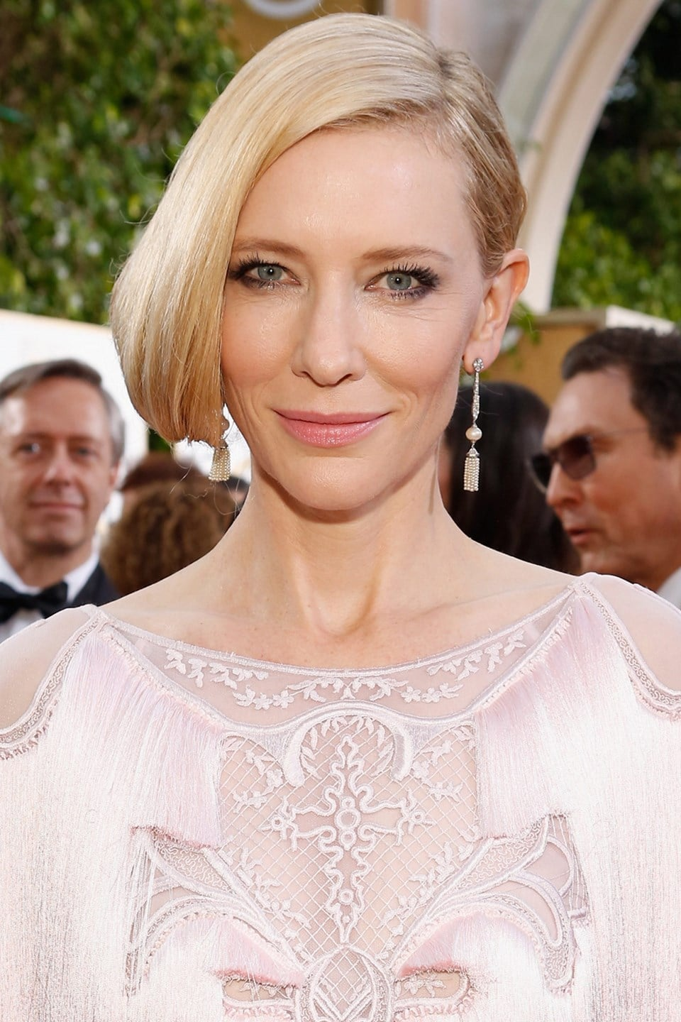 Cate-Blanchett-beauty-Glamour-10Jan15-Getty_b_960x1440.jpg