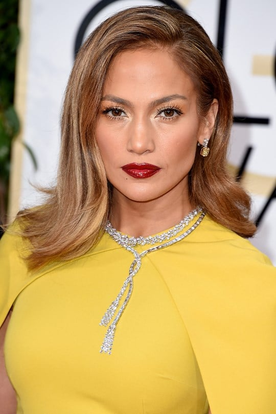 Jennifer-Lopez-beauty-Glamour-10Jan15-Getty_b_540x810.jpg