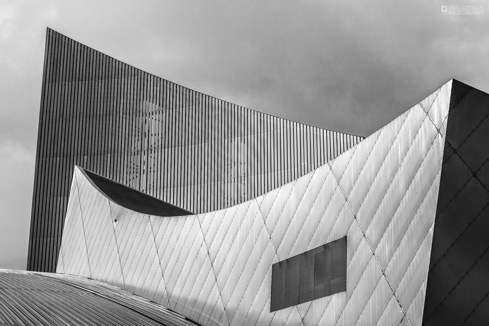 The sweeping curves of the Imperial War Museum North.