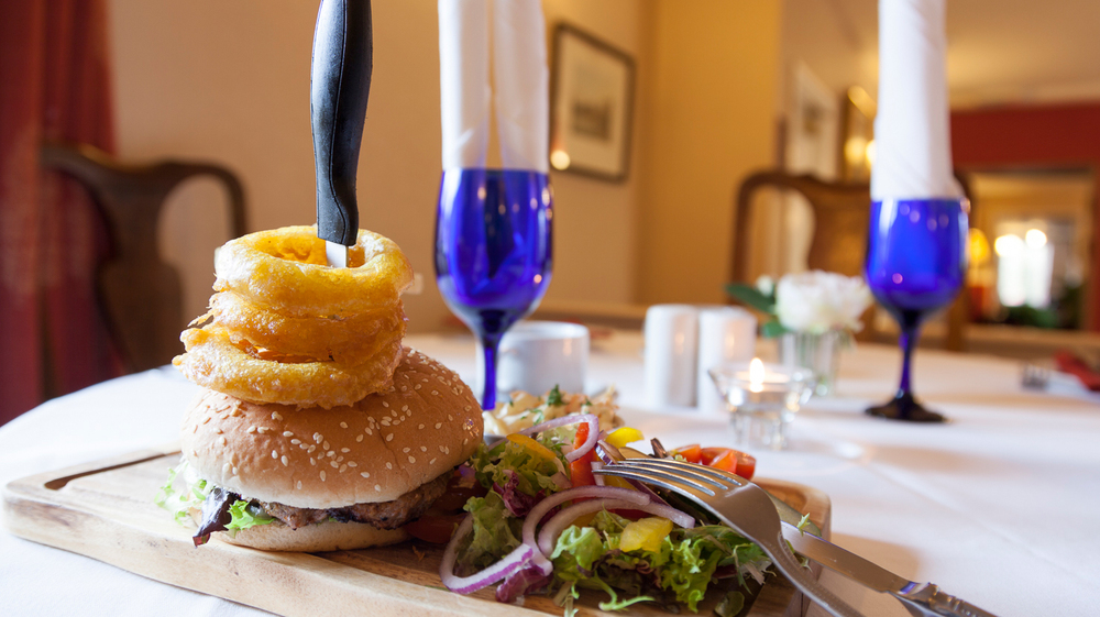 Royal-Hotel-Dockrey-Sample-Meal-3.jpg