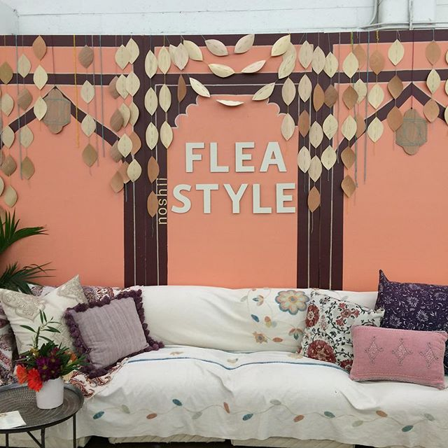 Are you coming to #Fleastyle tomorrow? 🙃 You'll have so much fun treasure hunting and lounging in this pretty space 🌸🛋✨🌷#shopsmall #shoplocal #shopthegoodstuff