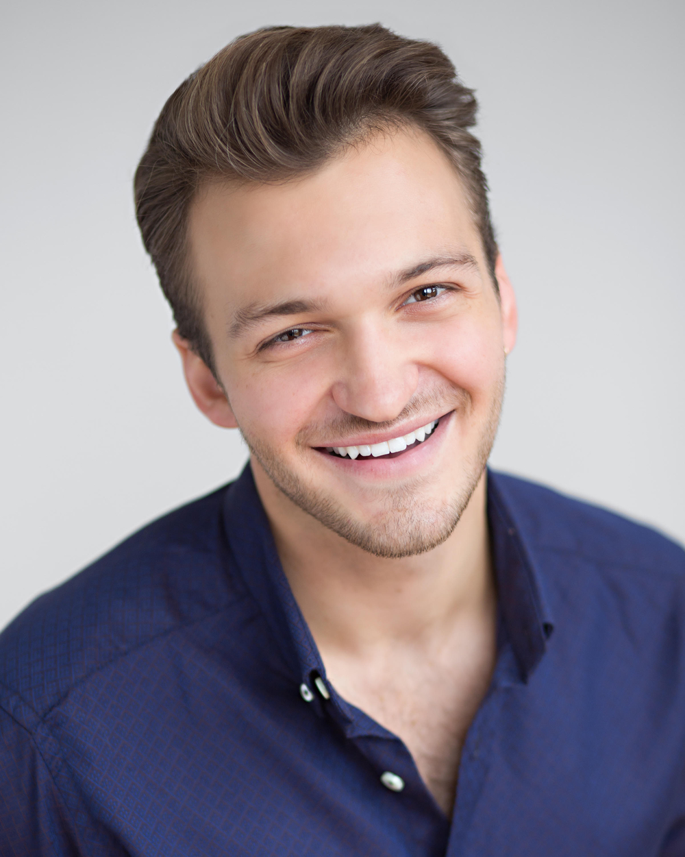 Gavin McGrew, tenor