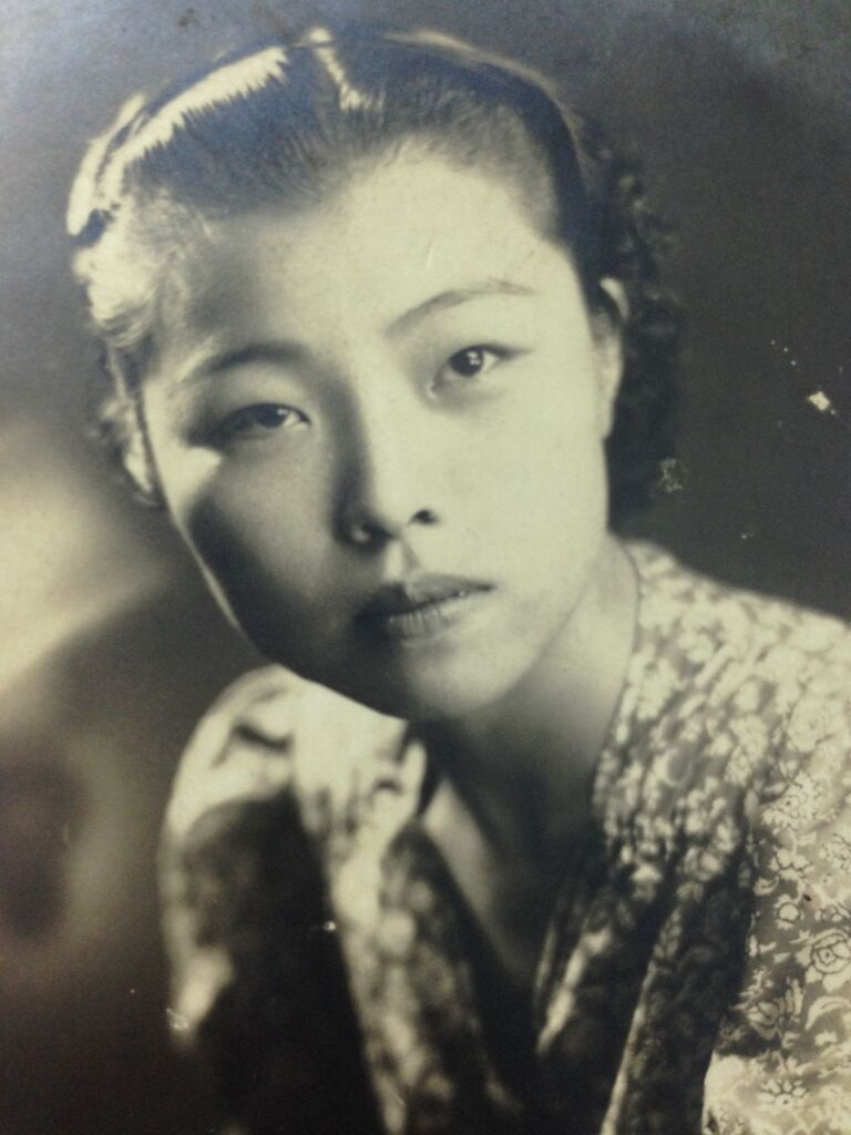 "From Yi Yiing Chen: My ah ma when she was young:  (She lived from 1917-2015. Her name is 林(pronounced as ""Lin"")寶(""Bao"")桂(""Guei""). Her first name is 寶桂 (Bao-Guei).)"