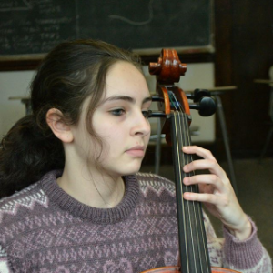 Alma Bitran, cello