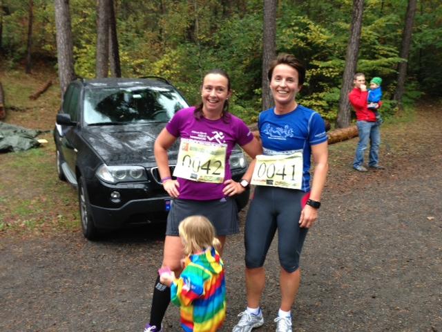 Hege og meg etter dagens fem k - begge i Oslo maraton skjorter:-)