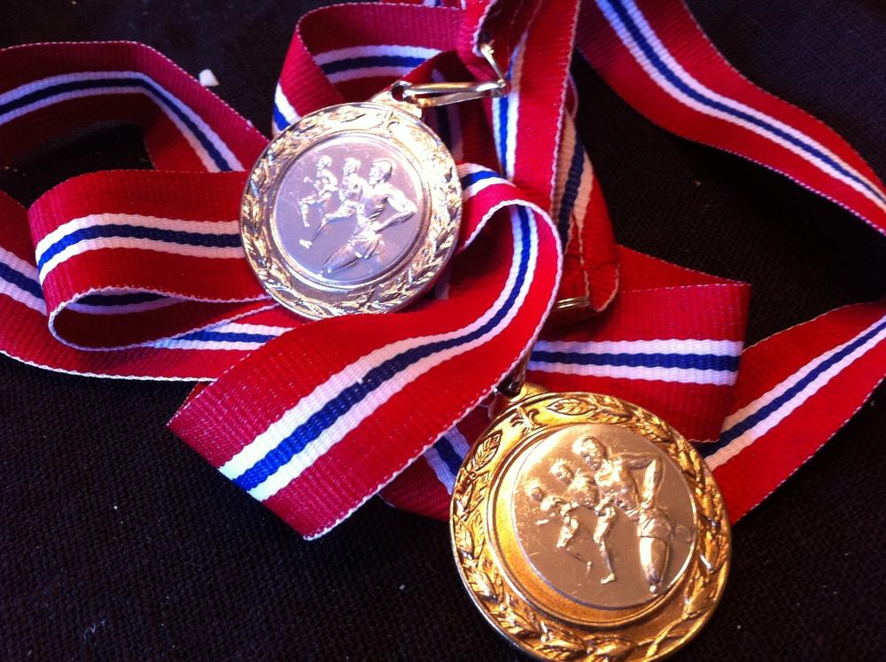 Sønnen tok gull på barneløpet - mor fikk sølv på 5 k