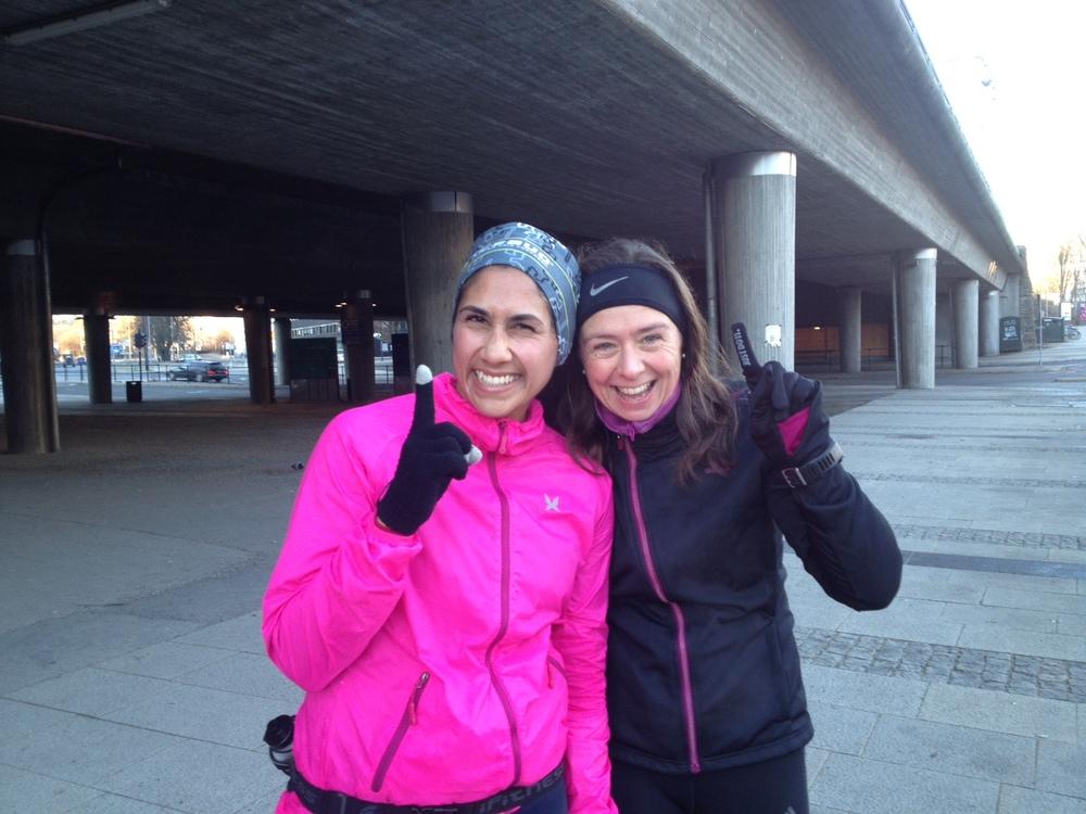 Gode løpevenner er gull! Lise og meg - smilet på plass til tross for tung tur!