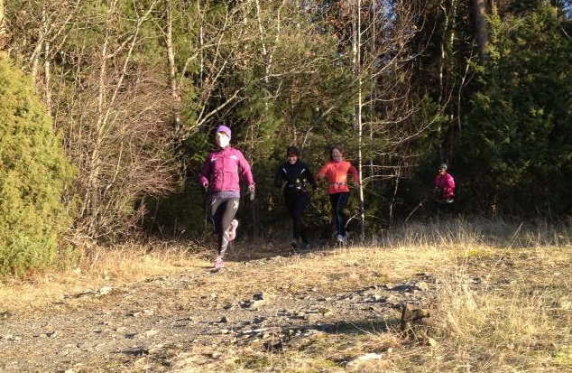 Ut av skogen som perler på en snor: Hege, Lea, Siw-Mette og Lise M