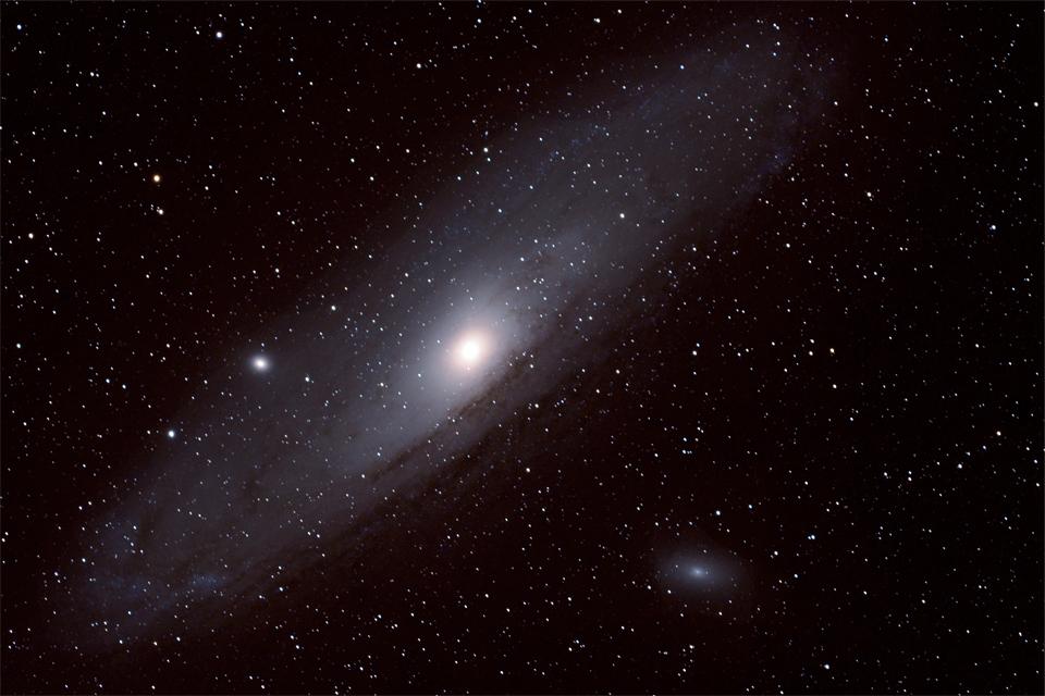 Andromeda+Galaxy-2990395510-O-3.jpg