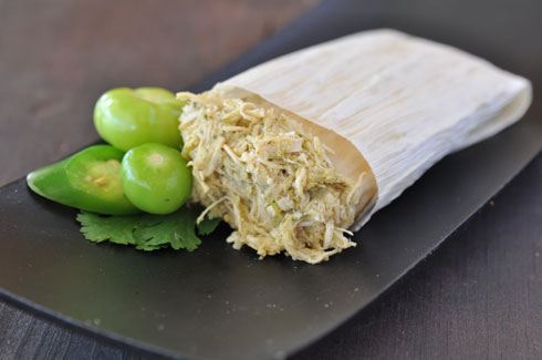 CHICKEN GREEN CHILE- All natural shredded chicken breast with a mild salsa verde made from fresh tomatillos, cilantro, and roasted green chiles.