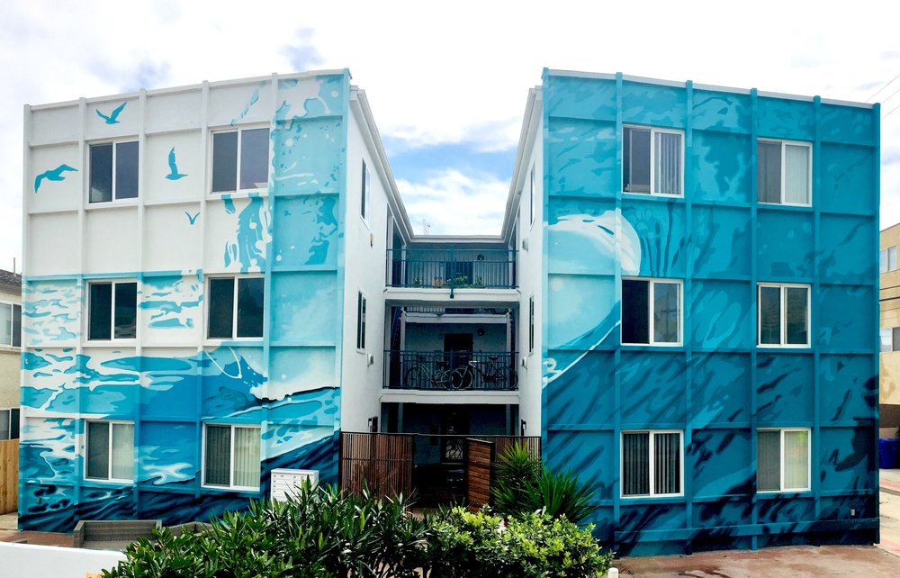 The wave mural in Mission Beach, San Diego is finished!