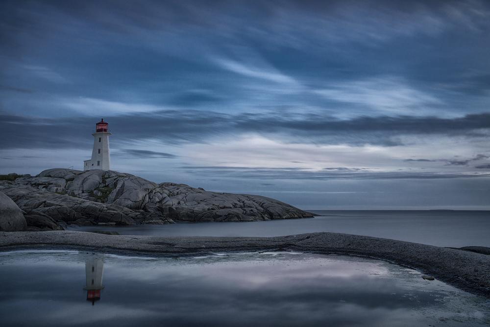 Peggy Cove Lighthouse.jpg