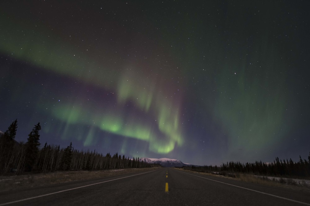 road to aurora in yukon