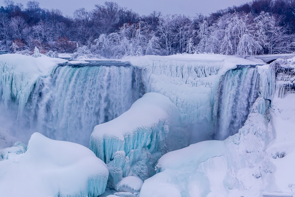 niagara falls in ice.jpg