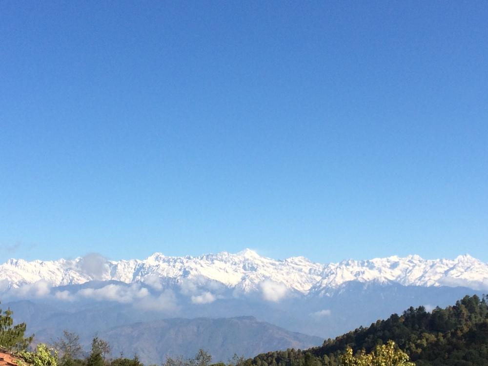 Himalaya cordillera que se extiende por los paises de Butan, China, Nepal e India.