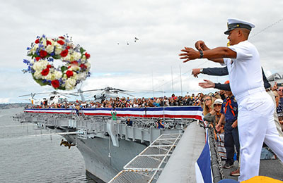 e-veterans_wreath_ceremony.jpg