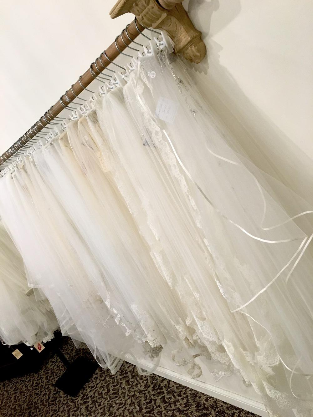 The white room llc lebanon murfreesboro tn wedding dress for Wedding dress shops in murfreesboro tn