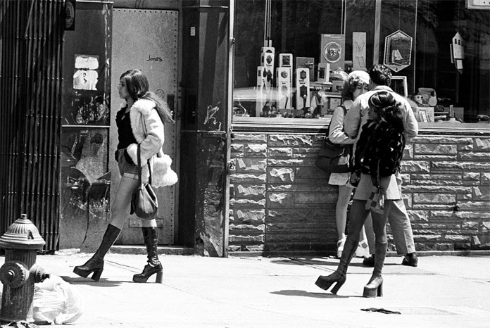 8-Prostitutes-in-the-streets-of-New-York.jpg