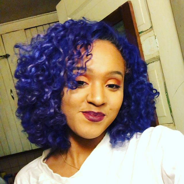 💙💙💙💙💙 Color by Chanelle! • • • • • #blue #bluehair #hair #curls #clevelandhair #cleveland #ohiohair #ohiosalon #haircolor #funhaircolor #studiotayloronfairmount #bluecurlyhair #hairsalon #vividhaircolor #masterstylist #bluehaircolor #nofilter #clevelandhairstylist #hairgoals #hairinspo #haircolorideas