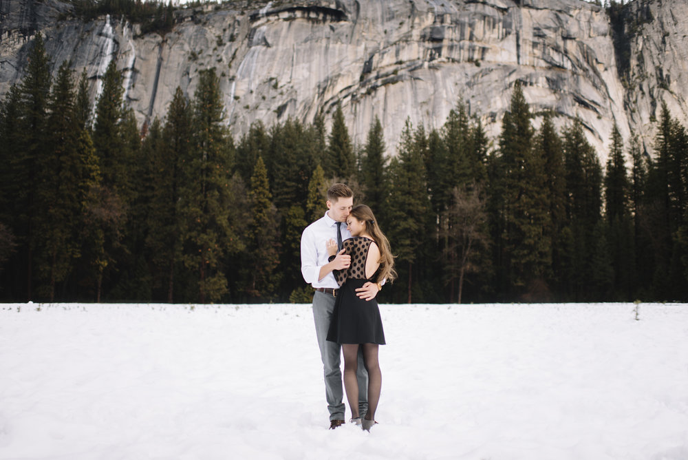 yosemite engagement photographer 49.jpg