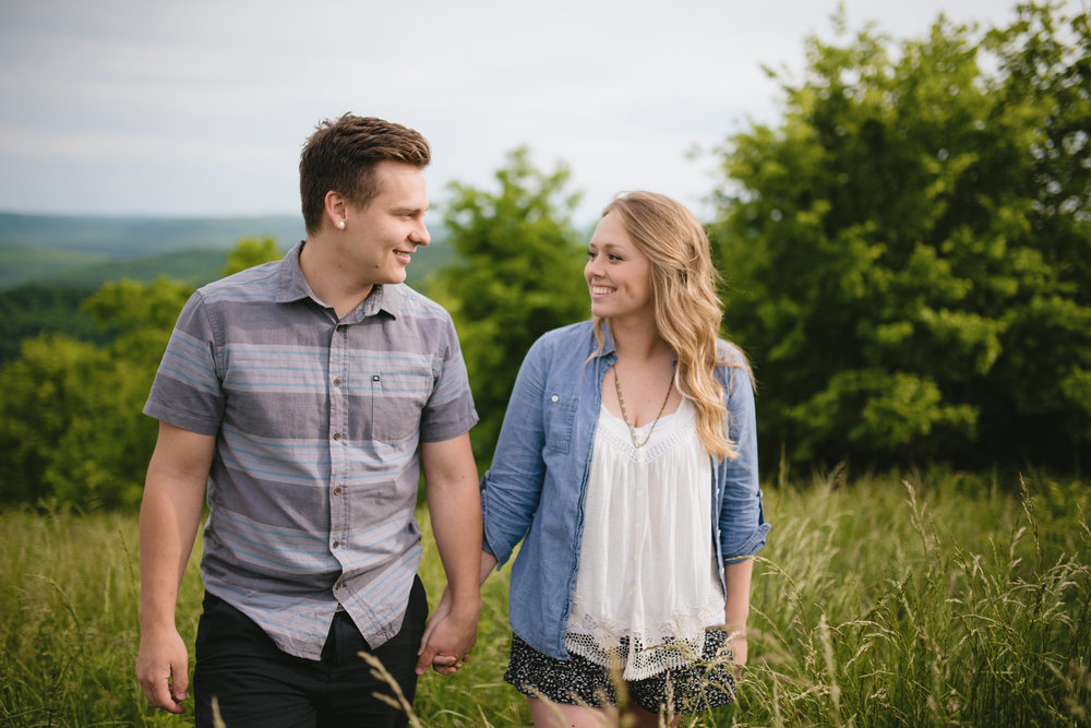 Colby and Jess-Buffalo-River-Arkansas-Engagement-Photography7.jpg