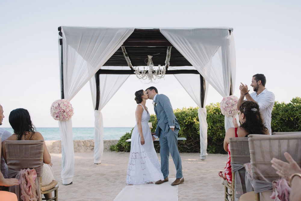 Colby-and-Jess-Intimate-Beach-Wedding-Destination-Cancun-Mexico194.jpg
