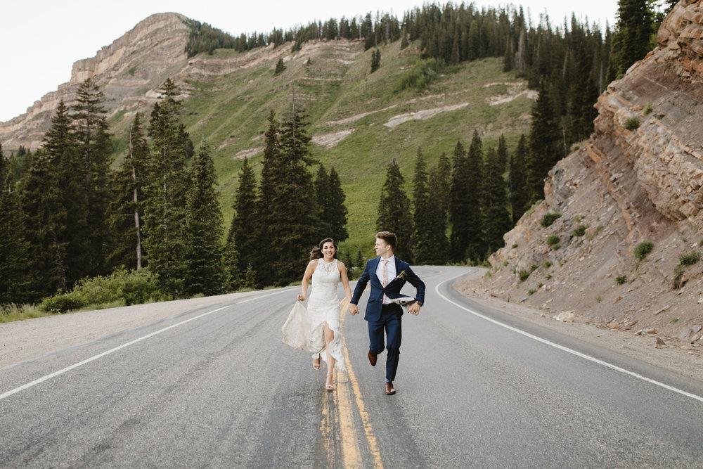 Aspen-elopement-photographer-colorado-destination-wedding.JPG