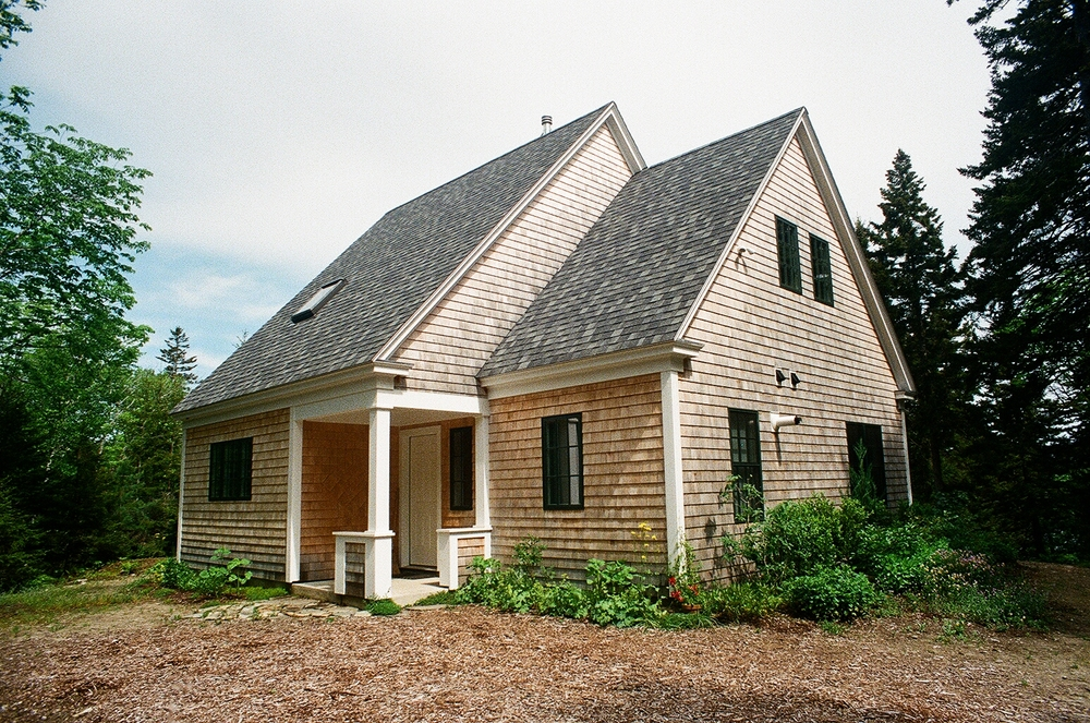 -cottage.JPG