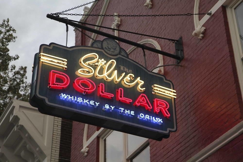 SilverDollar_028.JPG