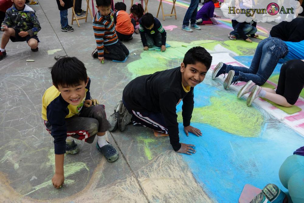 2013-04-earthday-mural-00940.jpg