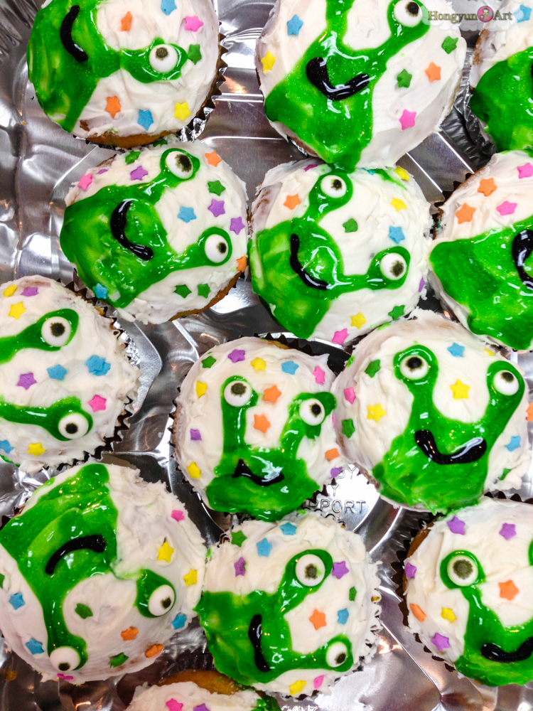 Doink Cupcakes!