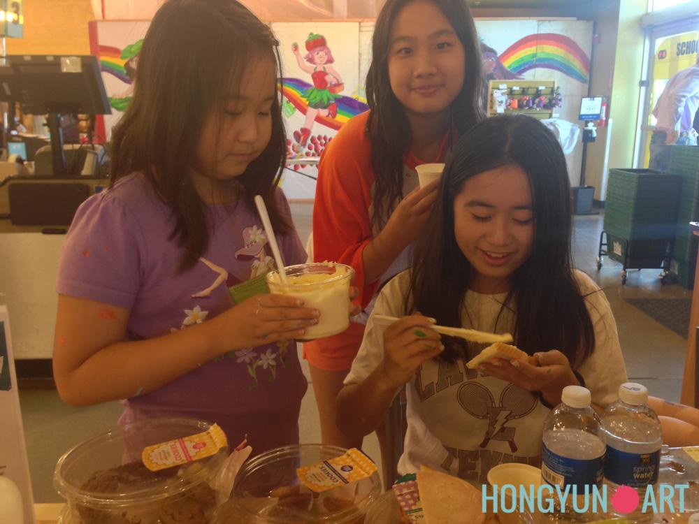 201408-Hongyun-Art-WholeFoodsMural-007.jpg
