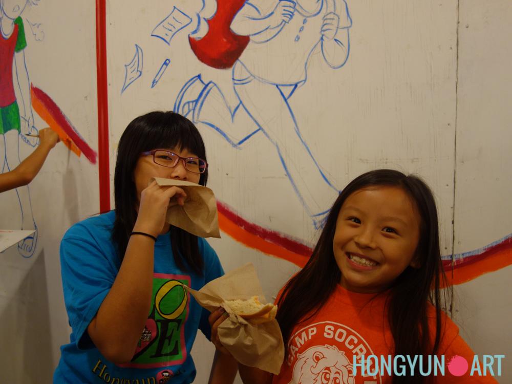 201408-Hongyun-Art-WholeFoodsMural-071.jpg